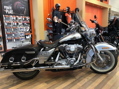 HARLEY-DAVIDSON FLHRCI ROAD KING CLASSIC  -03