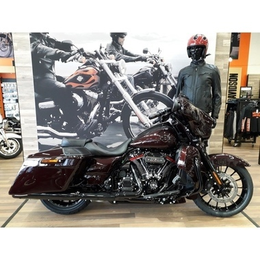 H-D FLHXSE CVO STREET GLIDE BLACK FOREST -19