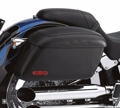 Locking Leather Covered Rigid Saddlebags for Softail Models